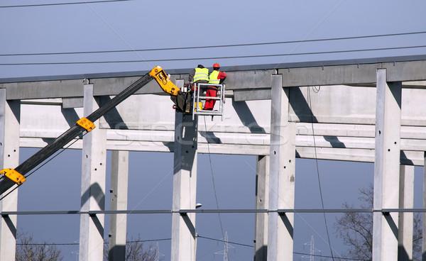 Munkások dolgozik építkezés építkezés munka ipar Stock fotó © goce