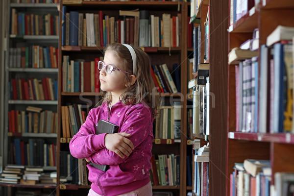 Stock fotó: Gyönyörű · kislány · könyvtár · könyv · könyvek · gyerekek