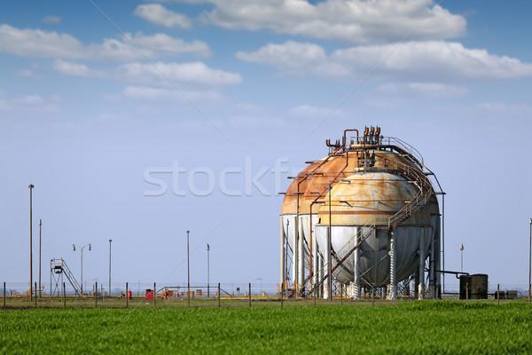 Refinería campo cielo verde petróleo Foto stock © goce