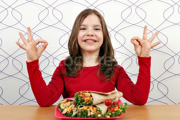 Glücklich kleines Mädchen Handzeichen Essen Kind Stock foto © goce