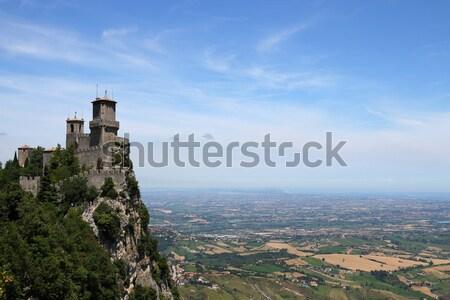 San Marino twierdza Włochy niebo drzewo ściany Zdjęcia stock © goce