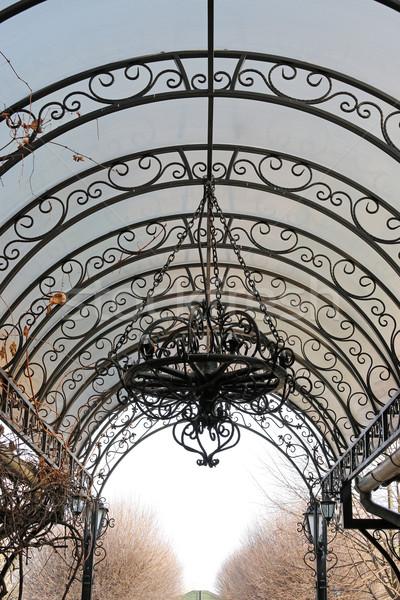 Vecchio ferro lampadario vintage costruzione metal Foto d'archivio © goce