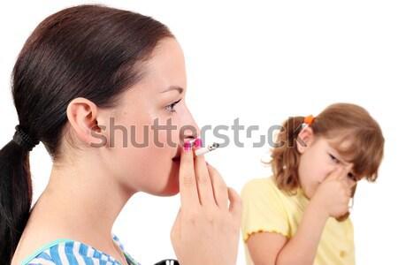 Dohányzás konzerv ok gyerekek nő család Stock fotó © goce