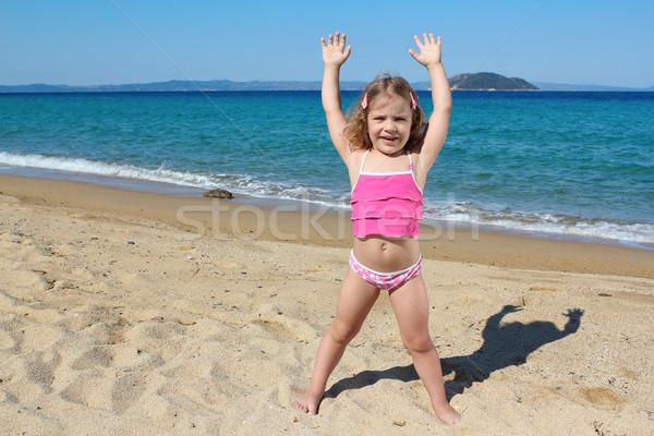 Stok fotoğraf: Küçük · kız · ayakta · plaj · çocuk · deniz