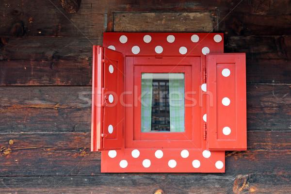 Czerwony okno chata ściany tekstury Zdjęcia stock © goce