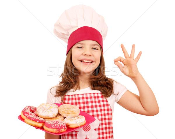 Feliz nina cocinar dulce Foto stock © goce