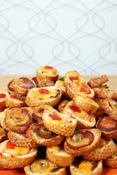 Foto stock: Queso · aceitunas · salami · pan · sándwich · tomate