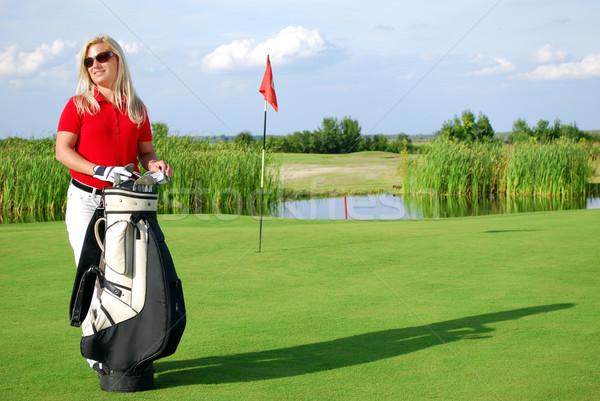 Meisje golftas golfbaan glimlach golf schoonheid Stockfoto © goce