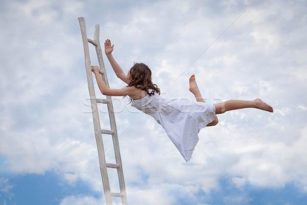 功夫 逃生 飛行 女子 階梯 商業照片 © godfer