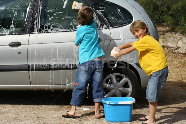 Kinderen wassen auto kinderen kind Stockfoto © godfer