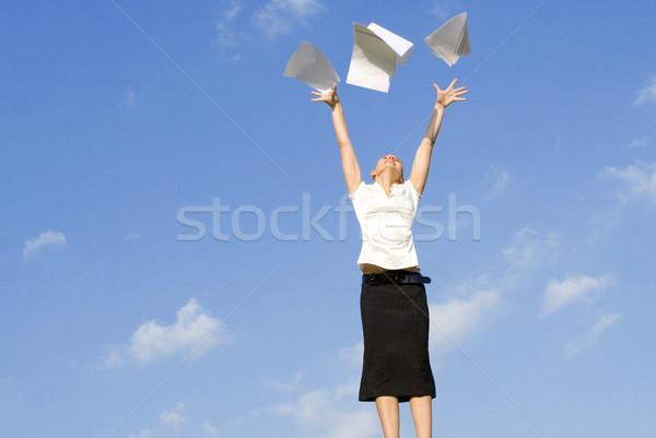 Femme d'affaires papiers air affaires femme Photo stock © godfer