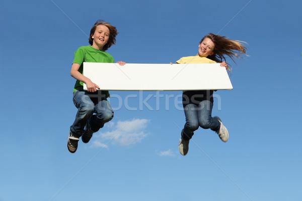 Foto stock: Crianças · saltando · menina · crianças