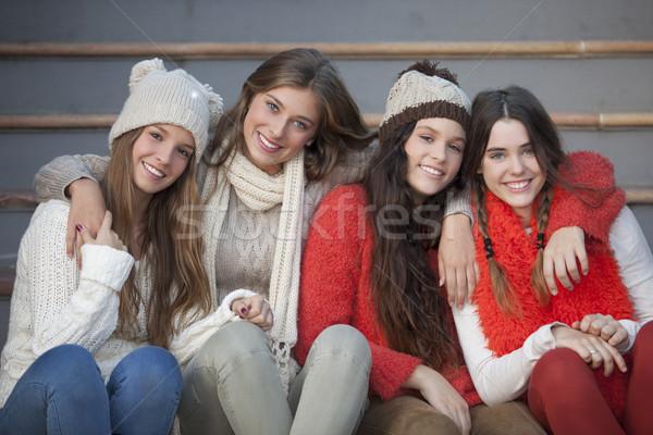 Mode hiver adolescents belle sourires dents Photo stock © godfer
