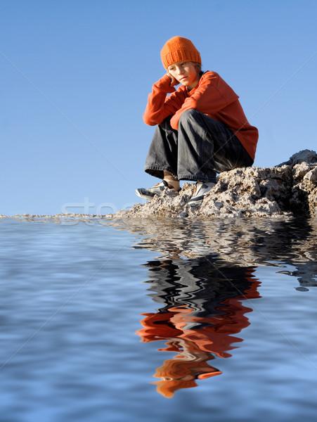 Triest eenzaam depressief kind vergadering alleen Stockfoto © godfer