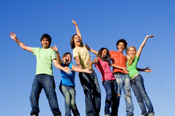 Sokoldalú félvér gyerekek lányok jókedv tini Stock fotó © godfer
