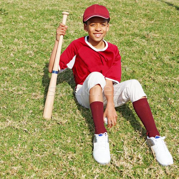 Jogador de beisebol criança crianças menino preto sorridente Foto stock © godfer