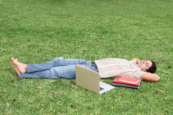 étudiant détente campus homme livres portable Photo stock © godfer
