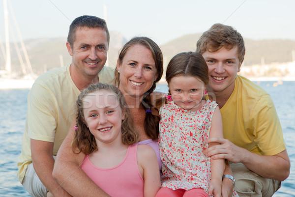 Gelukkig uitgebreide familie ouders kinderen stap gezinnen Stockfoto © godfer
