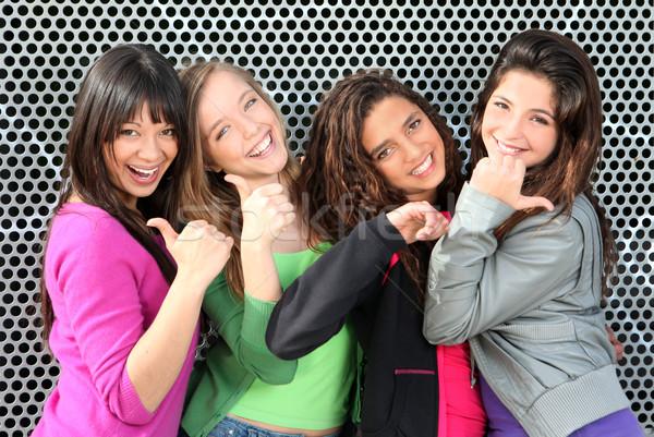 Sokoldalú csoport gyerekek remek boldog diákok Stock fotó © godfer