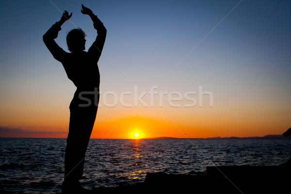 Espanhol homem dança Espanha dançar pôr do sol Foto stock © godfer