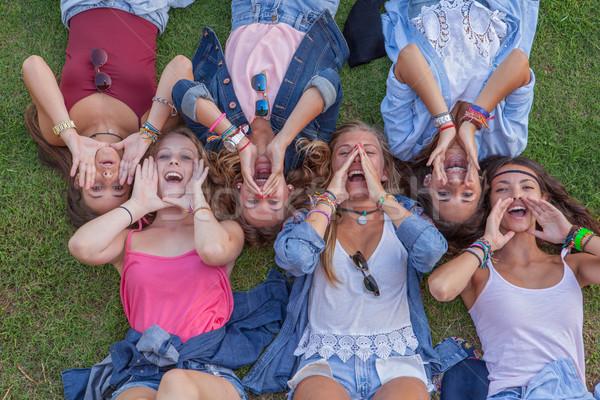 Foto stock: Grupo · ninos · cantando · verano · diversión