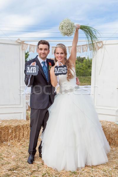 Mariée marié nouvellement marié réception de mariage mariage Photo stock © godfer