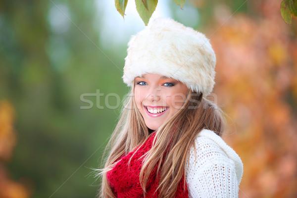 Heureux souriant automne femme fourrures chapeau Photo stock © godfer
