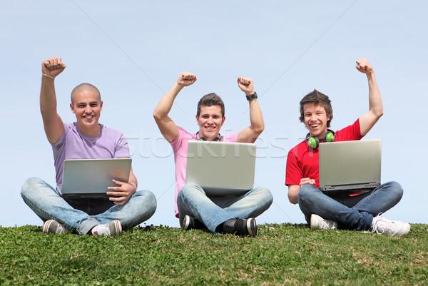 Adolescents garçons heureux enfants amis Photo stock © godfer