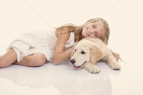 Család díszállat lány ölel kutya arany Stock fotó © godfer
