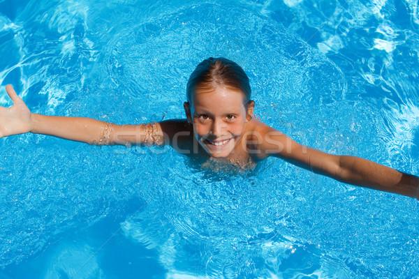 Gyermek nyári vakáció úszómedence gyerekek boldog nyár Stock fotó © godfer