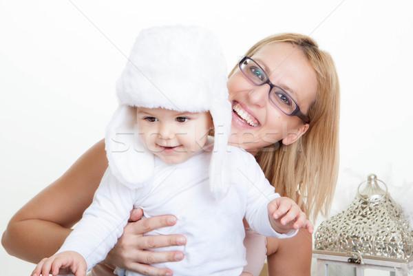 Mutlu gülen anne bebek kız Stok fotoğraf © godfer