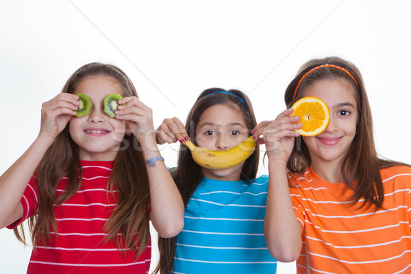 Gyerekek egészséges étrend gyümölcs boldog egészség narancs Stock fotó © godfer