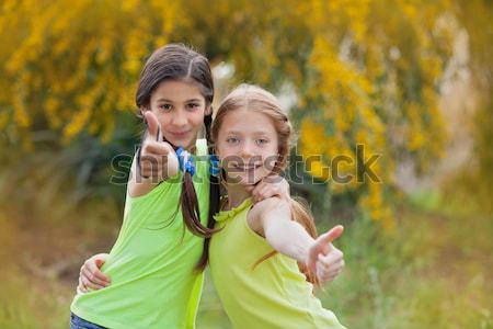 Diverso feliz sonriendo ninos campamento de verano nino Foto stock © godfer