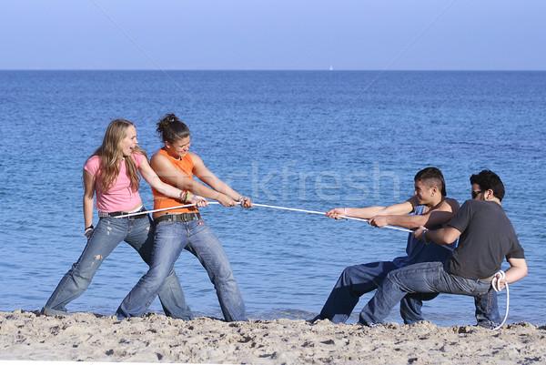 Stock fotó: Háború · tinédzserek · játszik · tengerpart · nyári · vakáció · tavaszi · szünet