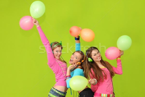Enfants fête heureux chanter musique anniversaire Photo stock © godfer