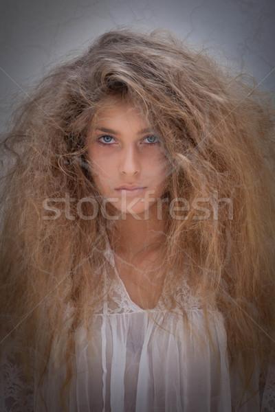 Spook scary meisje achtergrond dood vrouwelijke Stockfoto © godfer