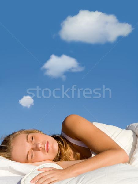 Mulher adormecido sonho bubbles pensamento Foto stock © godfer