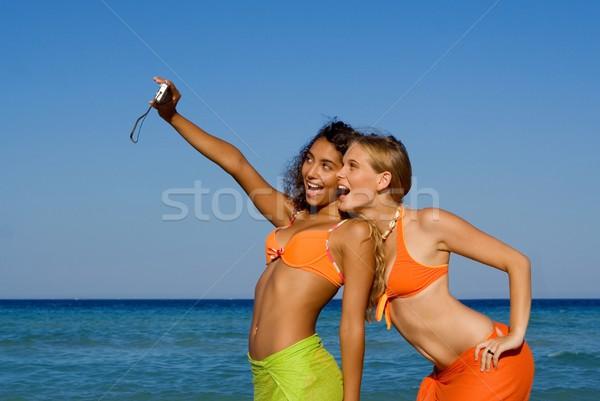 Filles vacances femmes heureux été bikini Photo stock © godfer