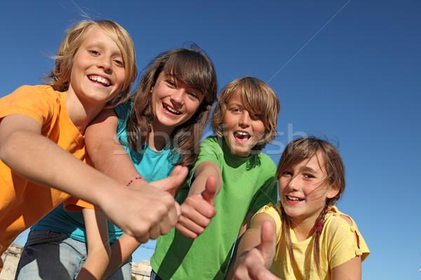 Stock fotó: Mosolyog · csoport · gyerekek · gyerekek · remek · iskola