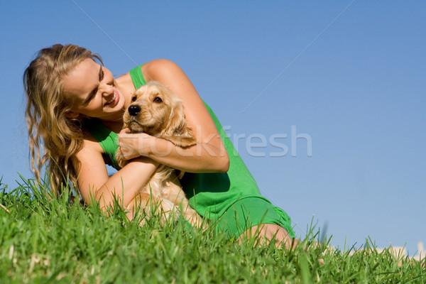 Fiatal nő tinilány díszállat kutya játszik nő Stock fotó © godfer