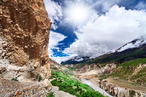 Trekking Nepál gyönyörű tájkép Himalája hegyek Stock fotó © goinyk