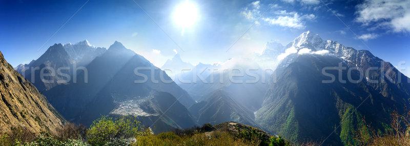 Güzel dağ manzara görmek everest bölge Stok fotoğraf © goinyk