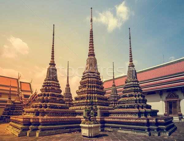 Templom Thaiföld város fal templom istentisztelet Stock fotó © goinyk