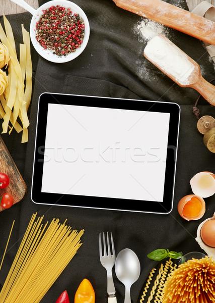 Cuisson pâtes numérique comprimé ingrédients espace de copie Photo stock © goir