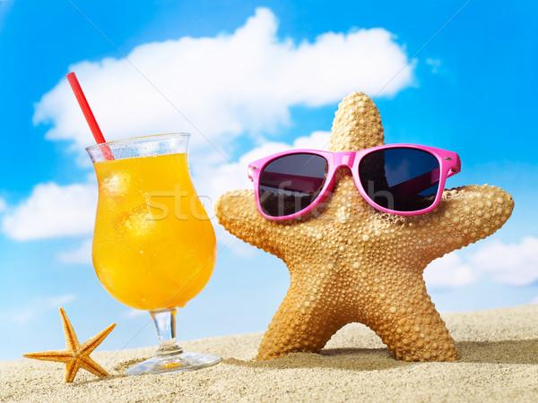 Starfish Солнцезащитные очки коктейль песок небе пляж Сток-фото © goir