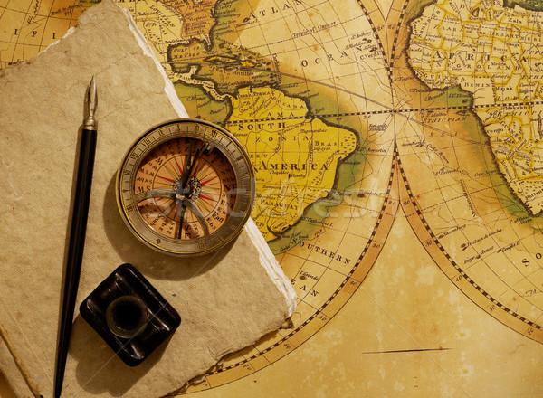 Statków dziennika kompas starej mapy świecie człowiek Zdjęcia stock © goir