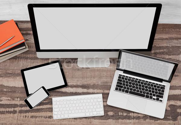 Bilgisayar monitörü dizüstü bilgisayar cep telefonu dijital tablet doğrudan doğruya Stok fotoğraf © goir