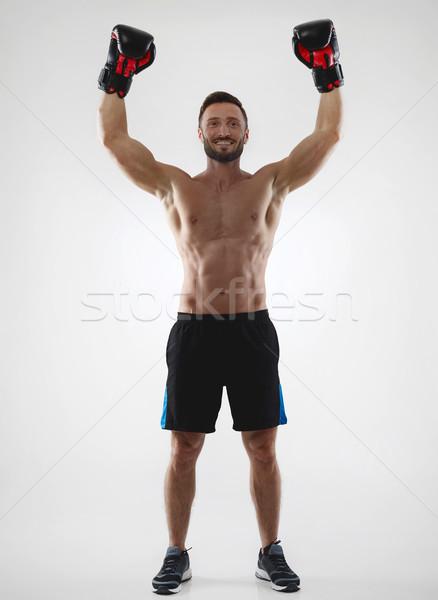 Gagnant torse nu musculaire boxeur succès souriant Photo stock © goir