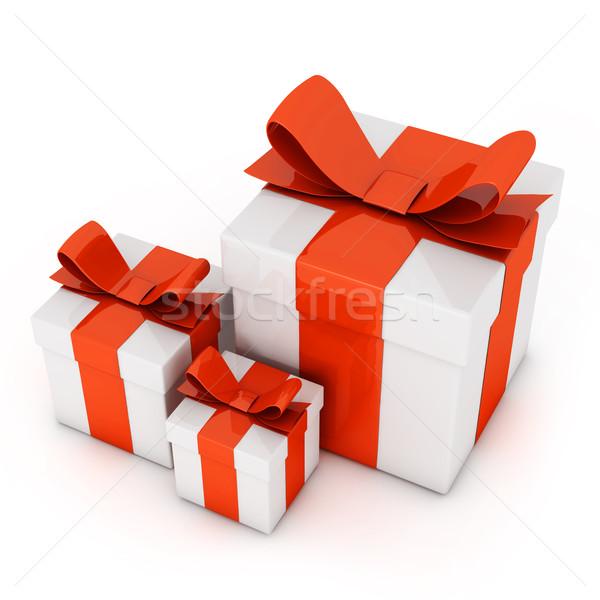 Coffrets cadeaux isolé blanche anniversaire rouge paquet Photo stock © goir