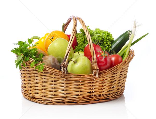 Stok fotoğraf: Sepet · meyve · sebze · yalıtılmış · beyaz · gıda